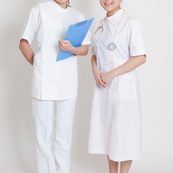 認定看護師と専門看護師を比べる